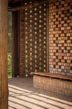 Health Education Centre, Mannya, Uganda / Ross Langdon + Studio FH Architects