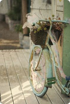 www.shabbyandchar...repin of Singletary - tattered vintage bike