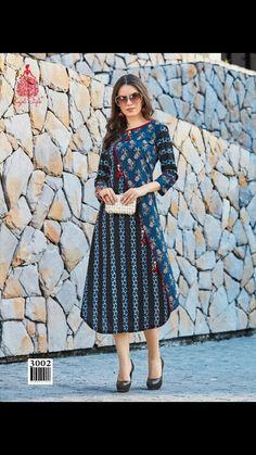Rayon Printed Unique Kurtis For Girls Buy Latest Kurti Catalogs 2018 Frock Fashion, Fashion Outfits, Style Fashion, Stylish Kurtis Design, Churidar Designs, Printed Kurti Designs, Latest Kurti, Indian Designer Wear, Indian Wear