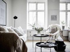my scandinavian home: A small Swedish space in winter whites
