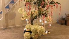 DIY- tree branch centerpiece - diy- tree branch centerpiece You are - Backdrop Decorations, Diy Wedding Decorations, Tree Decorations, Decor Wedding, Tree Wedding, Tree Branch Centerpieces, Diy Centerpieces, Tree Branch Crafts, Tree Branches