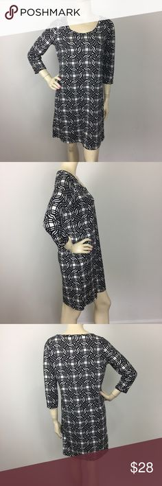 Mudpie Black And White GeoPrint 3/4 Sleeve Dress S CONDITION: Gently used,no flaws. MATERIAL: 95% Polyester 5% Spandex  (Please note that the measurements are approximate) ALL MEASUREMENTS ARE TAKEN WITH GARMENT LYING FLAT: SLEEVE: BUST: WAIST: HIPS:  LENGHT: Mud Pie Dresses