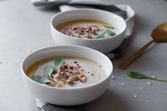 Suppe aus gebackenem Blumenkohl