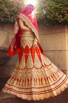 Royal Rust Lehenga Choli #BridalLehengas #FeelRoyal #WeddingLehengas #Rust