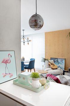 O apartamento A | A traz um ar de modernidade; feito sob medida, o projeto exprime uma personalidade bastante jovem e descolada, mas além de tudo, cria uma ambientação aconchegante e convidativa. Decor, Furniture, Floating Nightstand, Table, Home Decor, Nightstand