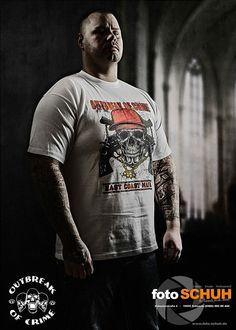 #ooc East Coast Mafia  #outbreakofcrime  #fotoschuh #fotoschuhschwerin  #fightwear #streetwear #sportswear #brand #fashion #crime  #criminal  #society #hate #oldschool #skull #schlagring #eastcoast #mafia #gangster #gang #jail  #outfitoftheday                 Label: OOC Foto:https://www.facebook.com/pages/FOTOschuh/516655395131731 Direktlink:http://www.outbreak-of-crime.de/Maenner/T-Shirts/Outbreak-of-Crime/T-Shirt-Outbreak-of-Crime-East-Coast-Mafia-S-3XL.html