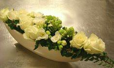Flowers– among life's little satisfactions – Ideas For Great Gardens Summer Centerpieces, Centerpiece Decorations, Floral Centerpieces, Flower Decorations, Deco Floral, Arte Floral, Flora Design, Modern Flower Arrangements, Table Flowers