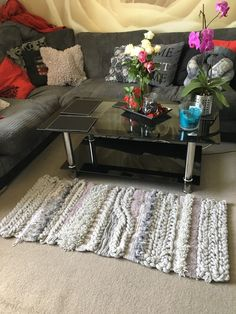 Handmade knitted and crochetted rug Crocheting, Knitting, Rugs, Table, Projects, Diy, Handmade, Furniture, Home Decor