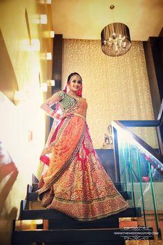 Bridal Wear - The Charming Bride! Photos, Hindu Culture, Beige Color, Bridal Makeup, Antique Jewellery, Gold Jewellery pictures, images, WeddingPlz