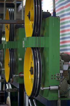 the machine of enameled flat wire