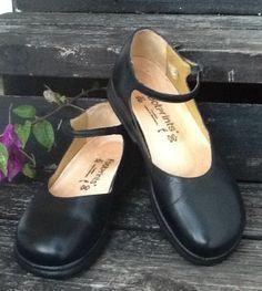 """Footprints Birkenstock """"Eden"""" Maryjanes Ladies Shoes 37 6.5N Mint! #Birkenstock #MaryJanes"""