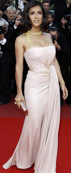 Salma Hayek in a Gucci gown and a Boucheron necklace | Cannes 2010