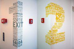 Dual-functioning signage Lovely wayfinding design from Centro Cultural de Belém, Lisbon. Courtesy ofPrentiss Riddle