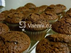 Recept na lahodné čokoládové muffiny vhodné na každou oslavu, party nebo jen tak ke kávě. Vareni.cz - recepty, tipy a články o vaření. Kefir, Cupcakes, Breakfast, Sweet, Cupcake, Cup Cakes, Muffin, Morning Breakfast, Tarts