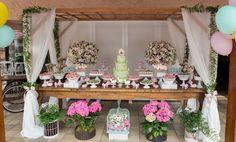 Festa Infantil Decoração Bella Fiore Tema Jardim, rosa, verde e branco | Kids Party Decor Bella Fiore - Garden, pink, green and white