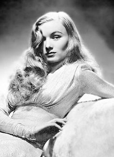Influential Hairstyles - Veronica Lake's 1940's glamorous hairstyle.