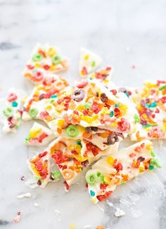 16 Yogurt Bark Recipes Perfect When the Afternoon Munchies Hit | Brit + Co