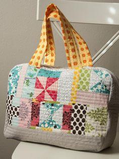 @ Lella Boutique - Scrappy bag - link to Noodlehead's free Cargo Duffle pattern