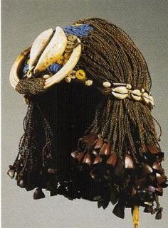theotherhistory:  Ancient Egyptian Wigs Egyptians wore dreadlocks and braided wigs. They made the wigs by growing their hair out, cutting it...