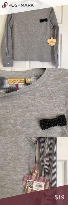 NWT Princess Vera Wang blouse New with tags Vera Wang Tops Blouses