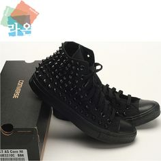 New Black Dark Color Custom Genuine Converse Spike Metal Stud Punk Rock Sneakers Converse High Black, Studded Converse, Studded Sneakers, Converse Sneakers, Sneakers Fashion, All Black Sneakers, Pastel Outfit, All Star Salto, Crazy Shoes