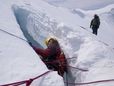 Mount Everest Dead Bodies Recount death defying fall