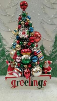 "Vintage HOLT HOWARD SANTA Planter- 10"" Bottle Brush TREE- Loads of ORNAMENTS!!!! in Collectibles, Holiday & Seasonal, Christmas: Modern (1946-90), Artificial Trees 
