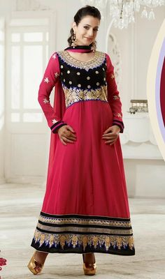 Look pretty like Bollywood diva Ameesha Patel, as dressed in this black and pink georgette long churidar suit. The lace, patch, resham and stones work seems to be chic and ideal for any party. #AmazingBollywoodCollection