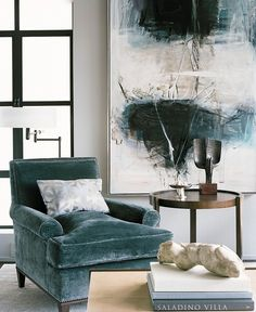 Nob Hill Pied-à-Terre by Leverone Design. Sophisticated Living Rooms, Transitional Living Rooms, Living Room Designs, Living Spaces, Modern Apartment Design, Sofa, Interior Inspiration, Painting Inspiration, Home And Living