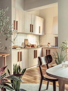 A Playful Soul: Milan Studio of Furniture Designer Antonio Aricò Kitchen Inspirations, Interior Design Kitchen, Home Decor Kitchen, House Interior, Kitchen Interior, Home Kitchens, Wooden Kitchen, Home Decor, Furniture Design