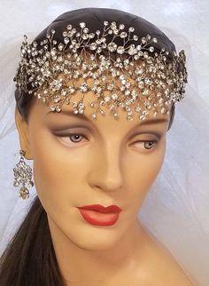 Elegant Wedding Hair, Wedding Hair Pieces, Gold Wedding, Wedding Reception, Wedding Stuff, Bridal Hair Vine, Bridal Tiara, Bridal Headpieces, Halle Berry Style