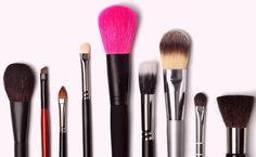 Aprenda a diferenciar os tipos pincéis de maquiagem e como usá-los para um resultado perfeito.