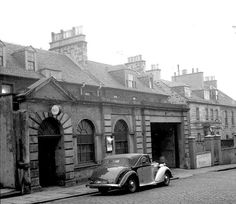 Gayfield Square Police Station, Edinburgh, Famously associated with Ian Rankin's 'Inspector Rebus' books. Old Town Edinburgh, Edinburgh Scotland, Rebus Books, Ian Rankin, Police Station, Black And White Photography, Britain, Old Things, 1950s