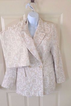 Classic suit that must be in your wardrobe. Escada Cream Brocade Skirt Suit Size  42 US L Cotton Blend Lined #ESCADA #SkirtSuit