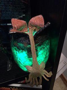 NECA Aliens Xenomorph Egg & Facehugger
