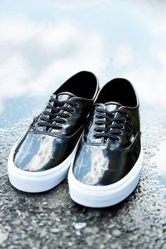 Vans Authentic Patent Leather Men's Sneaker