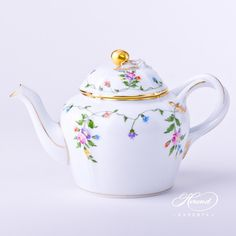 A colorful version of #Herend 's Imola decor. This #tea #pot is a rare traditional form, called Voltaire