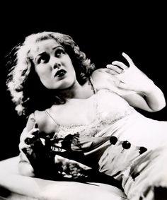 Fay Wray es Ann Darrow en King Kong (1933)
