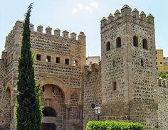 Puerta Vieja de Bisagra: Moorish Town Gate Toledo