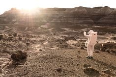 Greetings from Mars by Julien Mauve http://designwrld.com/greetings-from-mars-by-julien-mauve/