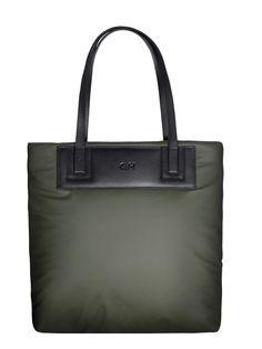 GOSHICO, Big Bag (shoulder bag / shopper bag), green. To download high or low resolution photos view Mondrianista.com (editorial use only).