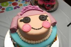 Lalaloopsy cake-Im gonna practice my fondant skills and try this for Laila's birthday cake
