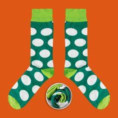 Model: Zielone skarpety w białe grochy Seria:  Sox with the chickenpox [|] #skarpetki #skarpetka #socks #sock #womensocks #cupofsox #mensocks #koloroweskarpetki [|]