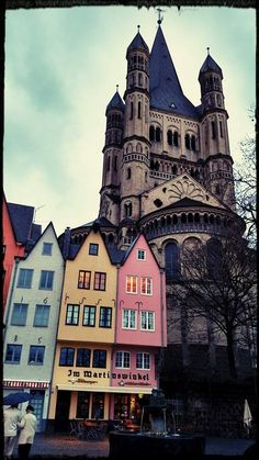 A whirlwind walk through the streets of Cologne, Germany, after the h+h show. Wonderful!!!