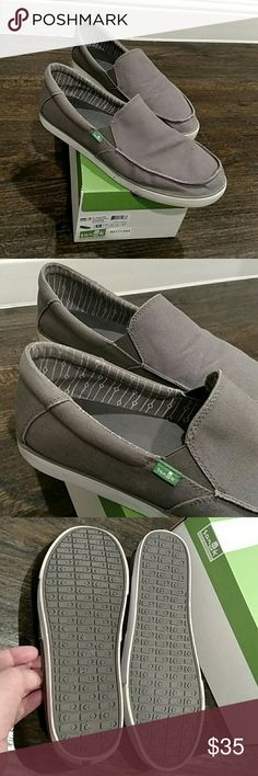 Sanuk sideline men's 13 shoes Slightly used Sanuk shoes.  With box.  Dark grey with white trim.  Years of life left.  No major issues, just a small dark blemish on the first pic on the bottom white trim. Sanuk Shoes Loafers & Slip-Ons