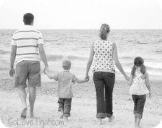 beach pic family walk