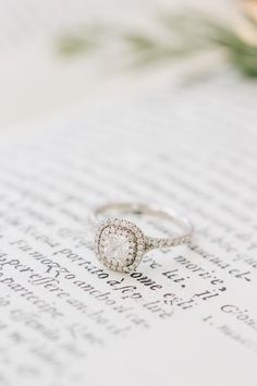 bbbb6b77148a Шикарная Свадьба, Алмаз Обручальные Кольца, Невеста На Свадьбе, Свадебные  Платья, Свадебные Тенденции