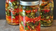 These are so easy and much better than what you can buy in the store: Refrigerator Pickled Hot Peppers - The Creekside Cook Pickling Hot Peppers Recipe, Pickled Pepper Recipe, Pickled Hot Peppers, Garlic Dill Pickles, Pickled Garlic, Hot Pepper Recipes, Canning Vegetables, Refrigerator Pickles, Recipe 30