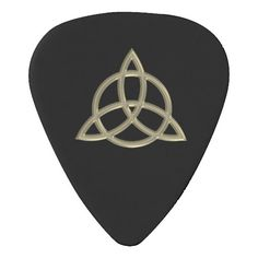 Gold Celtic Trinity Circle Knot Guitar Pick