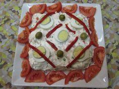 Ensalada rusa con huevos y tomates